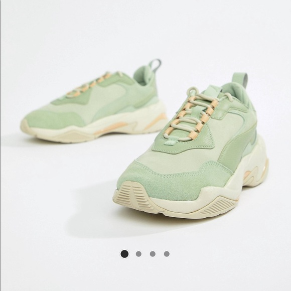 Puma Thunder Desert green sneakers - US size 5.5